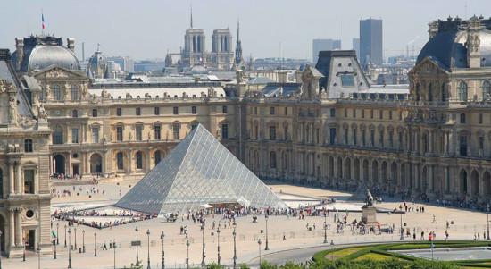 Интересные факты о Лувре